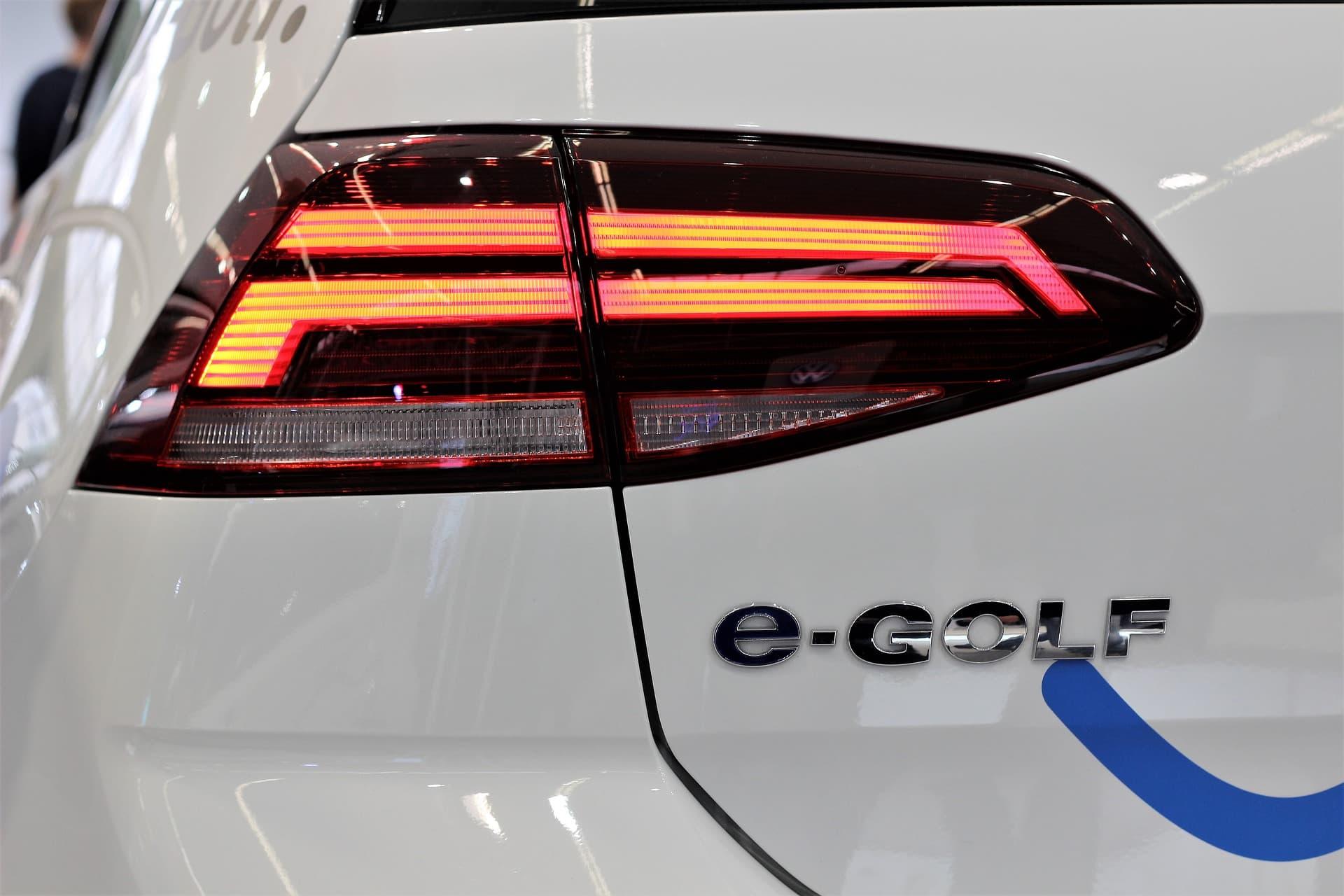 Elektrisch rijden e-golf import